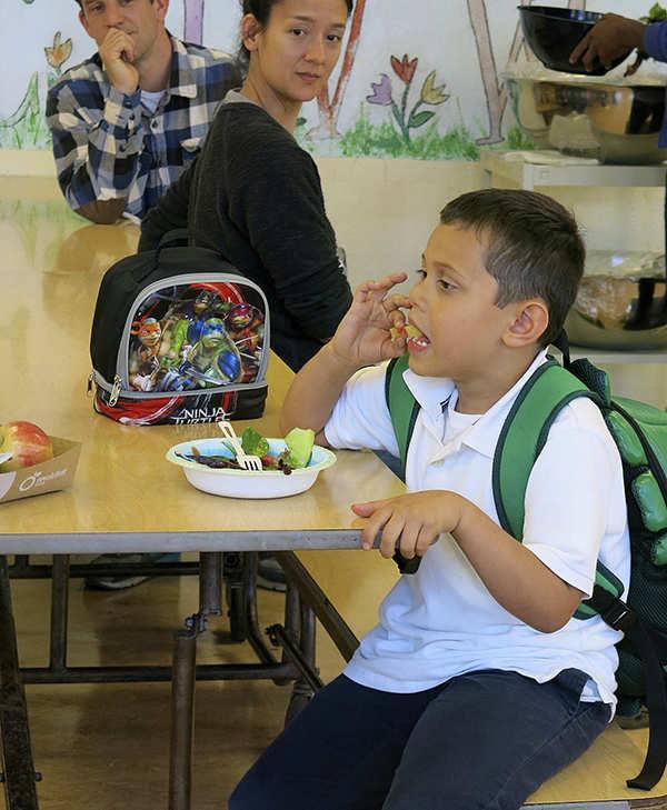 4.7.15-JMES-Salad_Day_IMG_0735