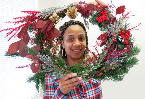 12-3-16-wreath_img_9084